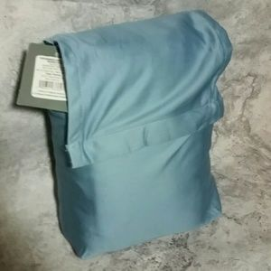NWT Twin XL sheet set Blue